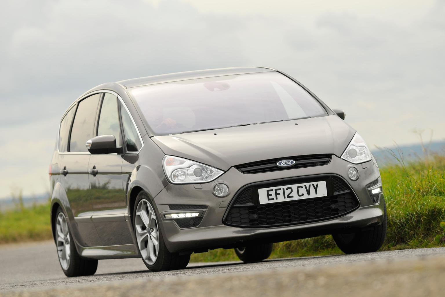 Save thousands on fab Fords