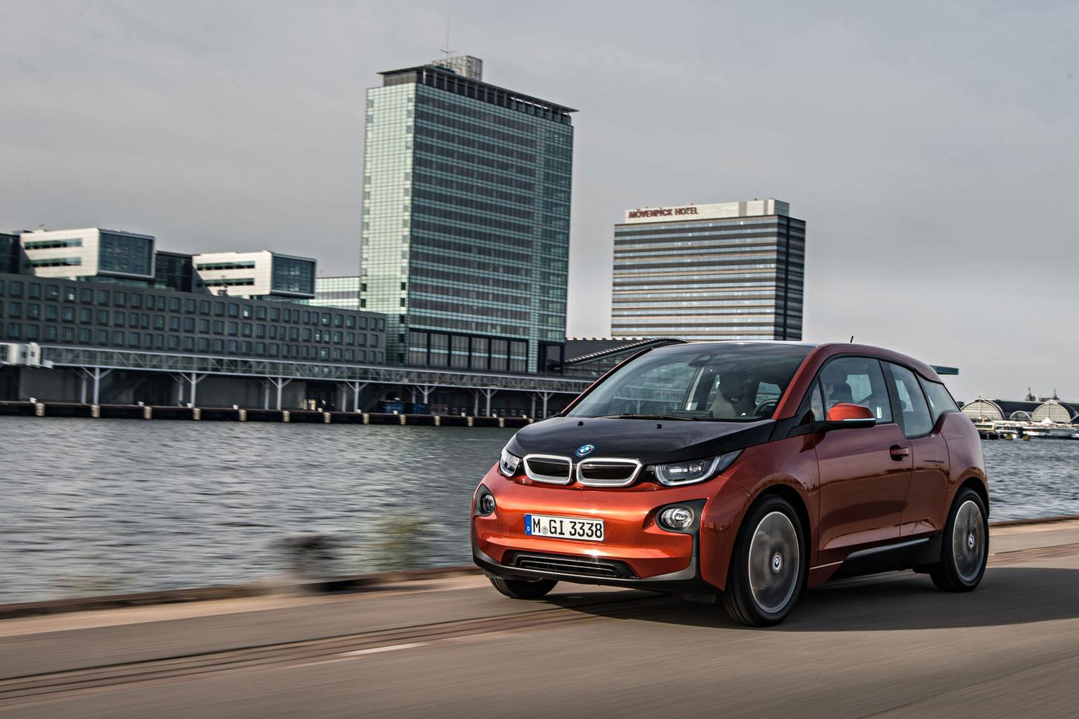 BMW i5 'already in the works'