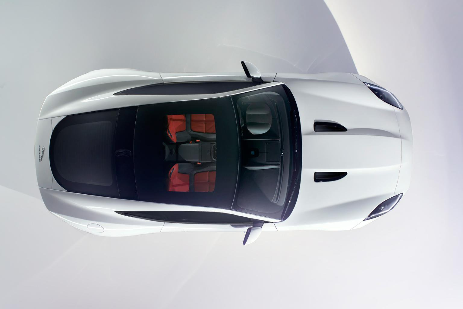 Jaguar F-type Coupe to appear at LA show