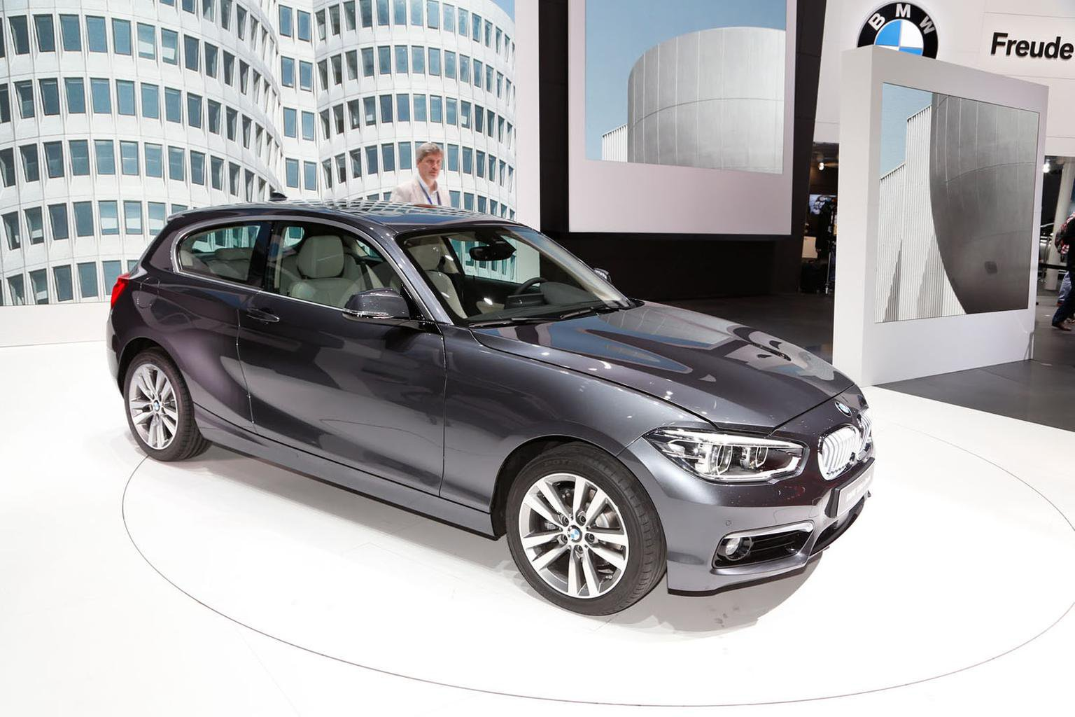 2015 BMW 1 Series facelift revealed
