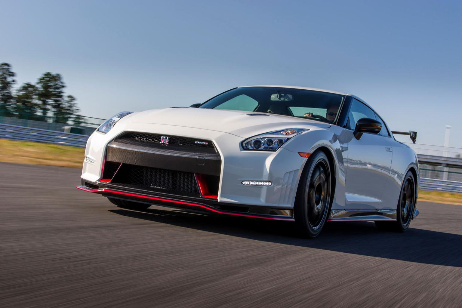 2014 Nissan GT-R Nismo review
