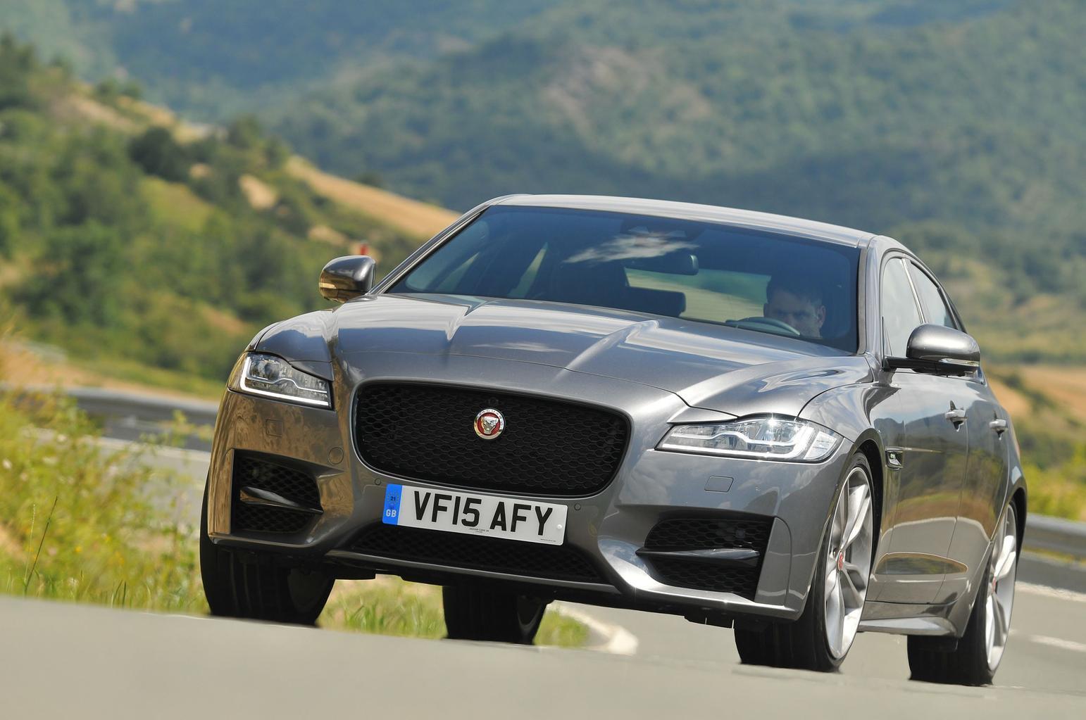 2015 Jaguar XF 2.0 i4D 180 auto review
