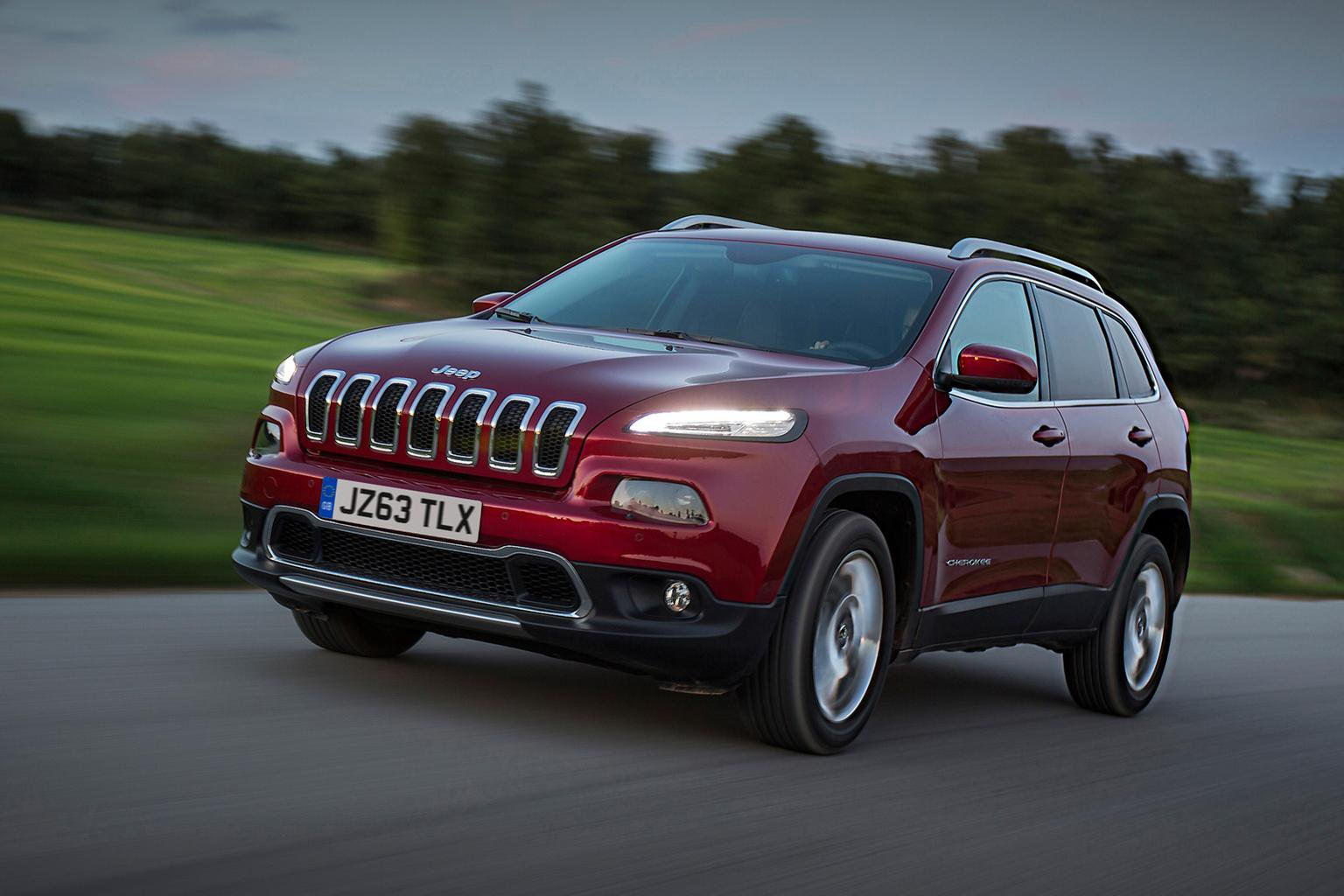Jeep Cherokee prices start at 25,495