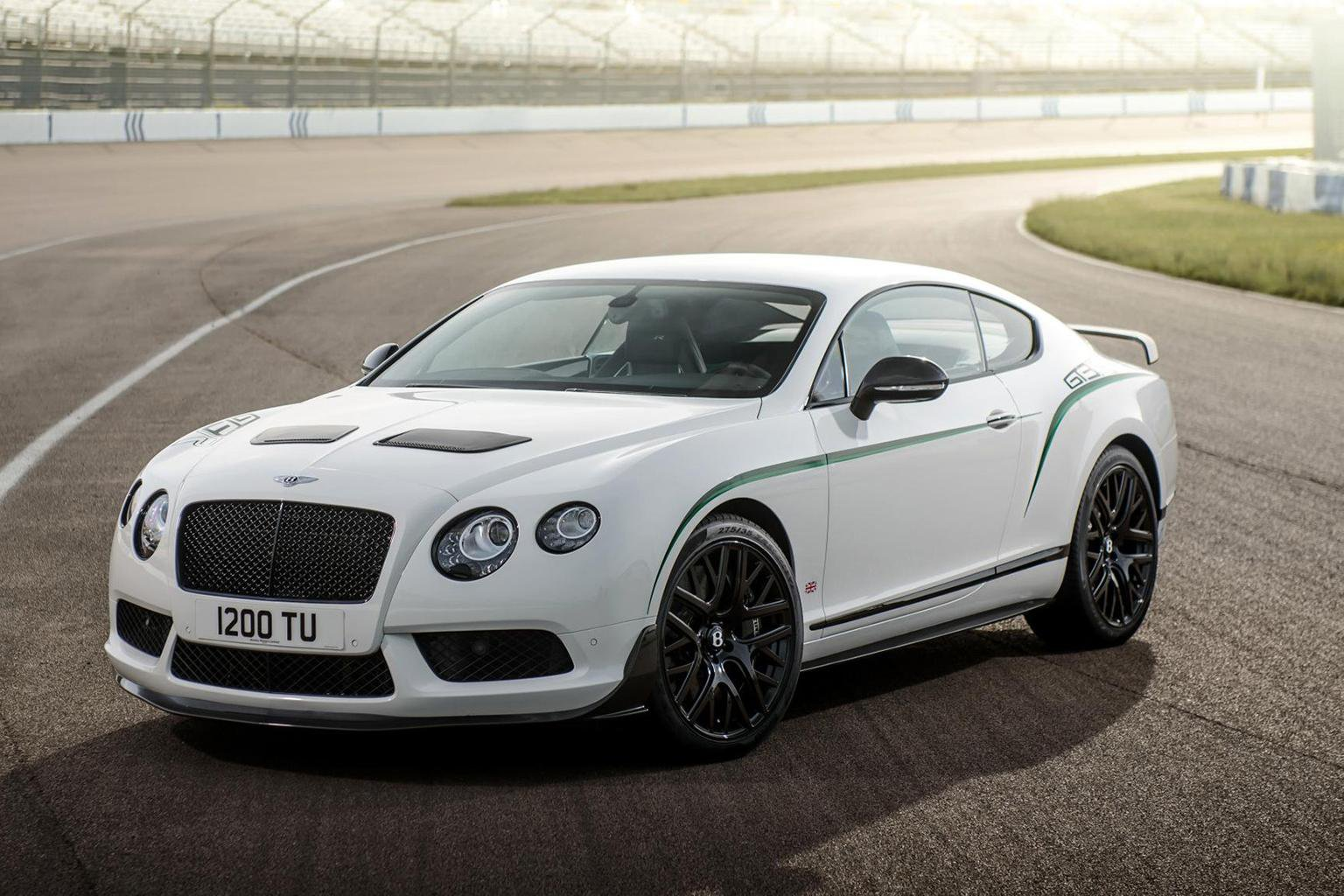News round-up: more racing-influenced Bentleys, and Jaguar Project 7 on track to sell out