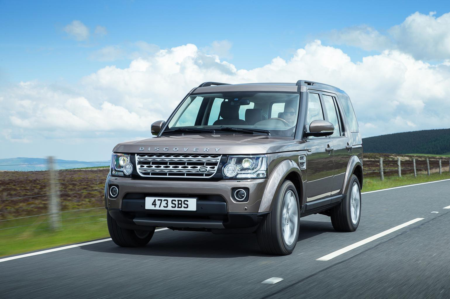 Land Rover Discovery updated for 2015