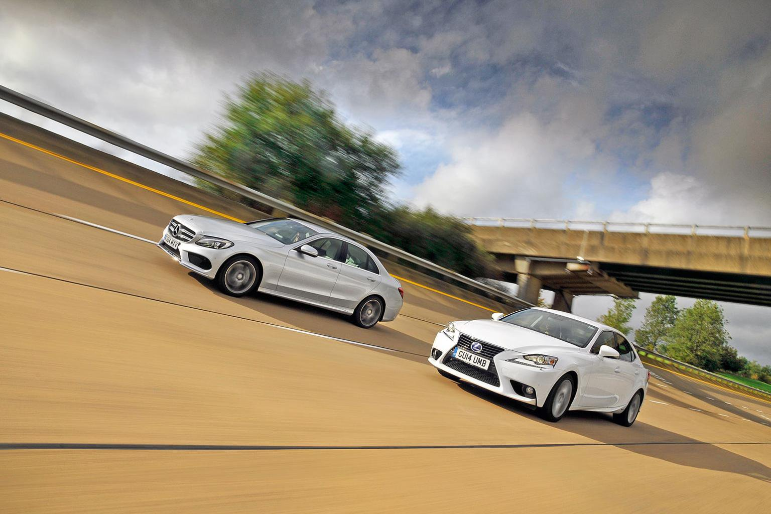 Lexus IS300h vs new Mercedes-Benz C-Class Hybrid