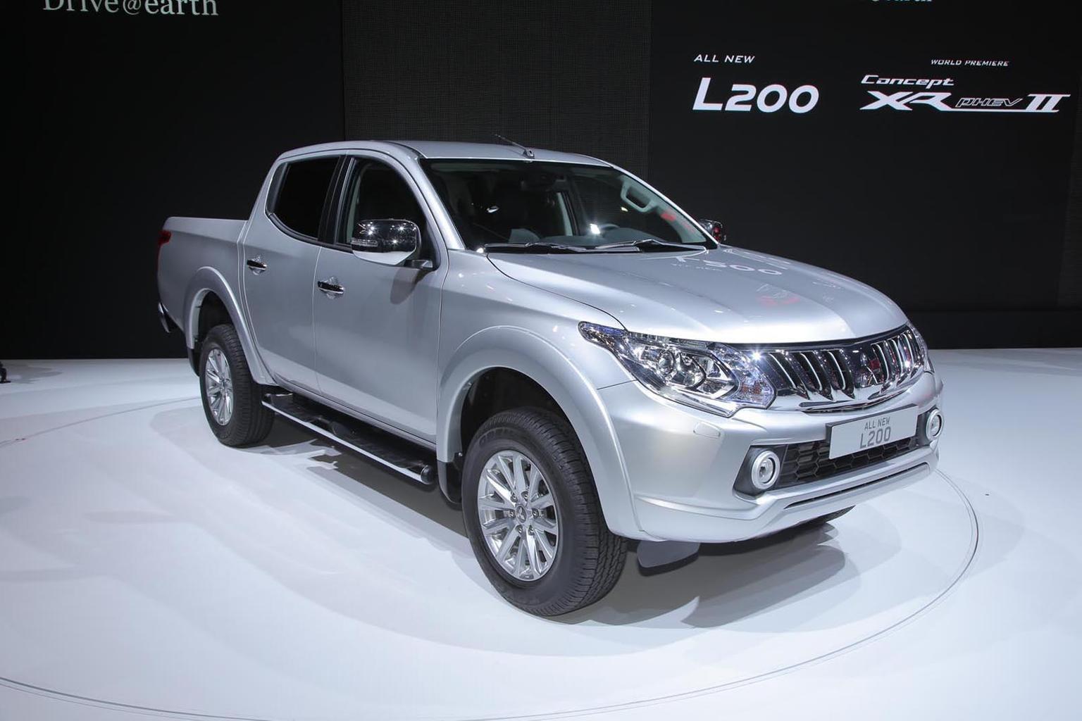 2015 Mitsubishi L200 revealed