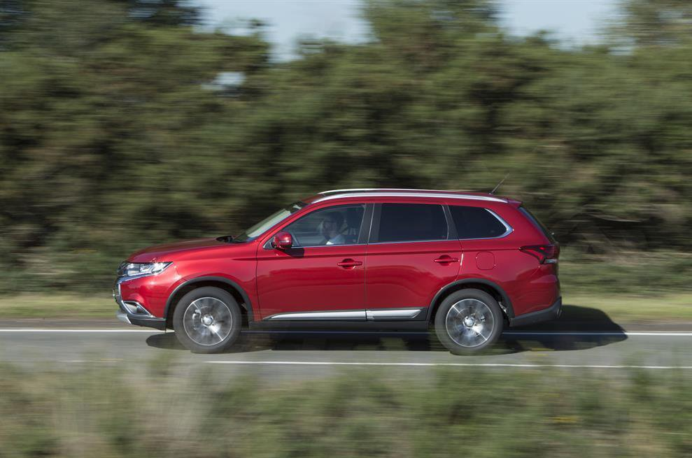 2015 Mitsubishi Outlander 2.2 DI-D review