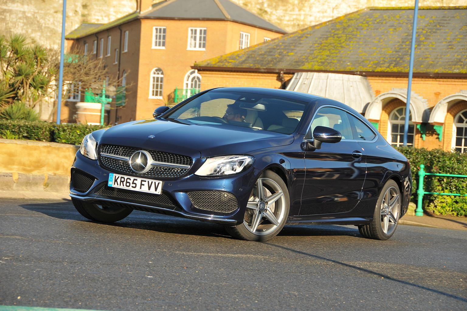 2016 Mercedes-Benz C-Class C 220 d Coupe review