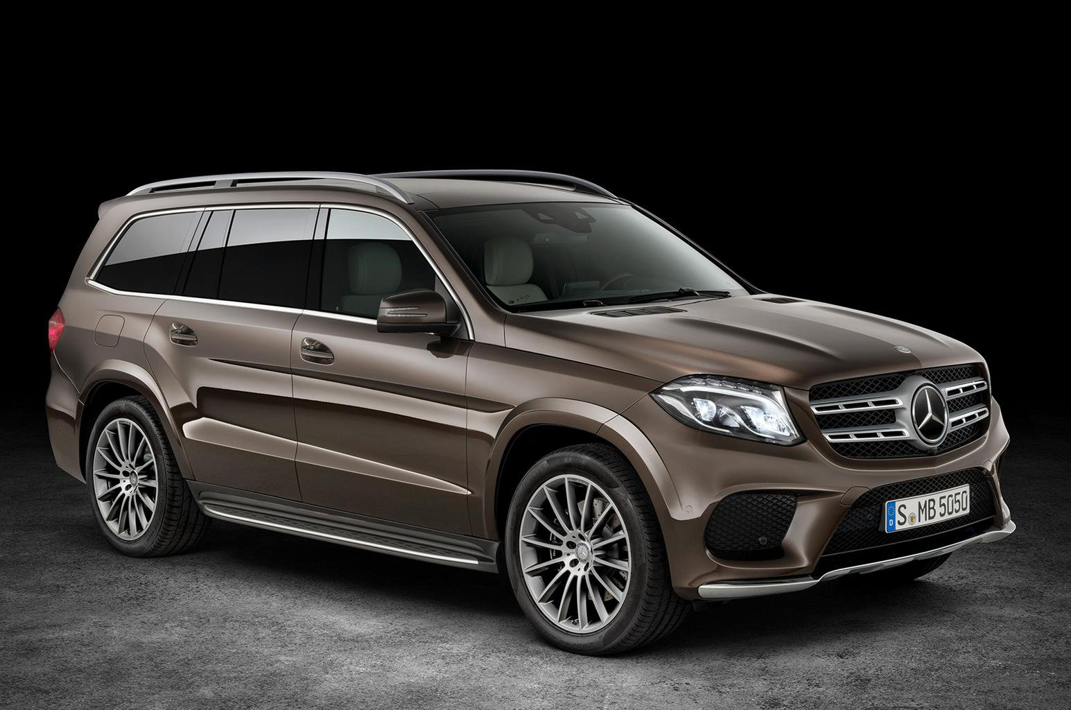 2016 Mercedes-Benz GLS revealed - pictures, pricing and engine details