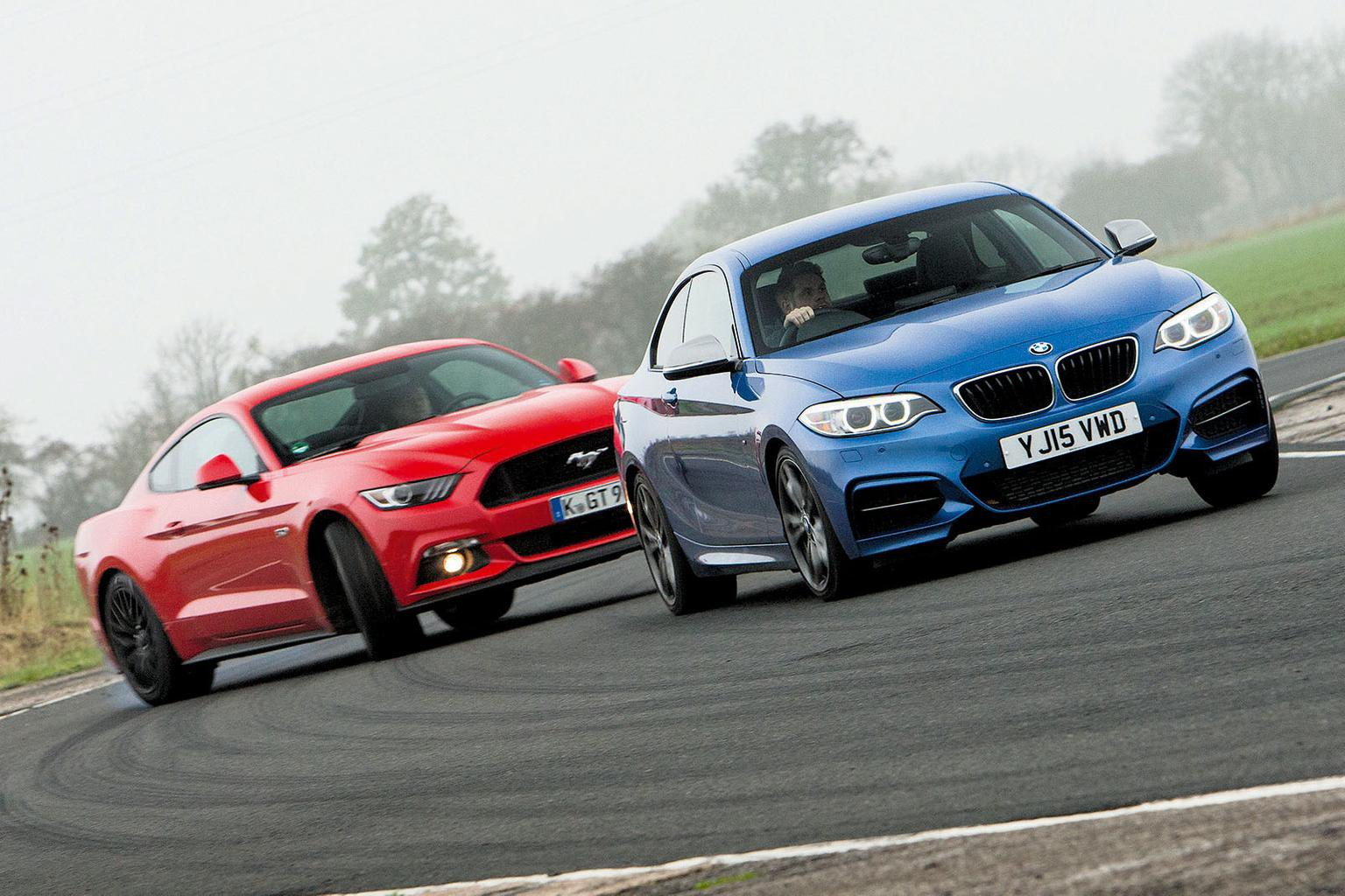 BMW 2 Series Coupe M235i vs Ford Mustang