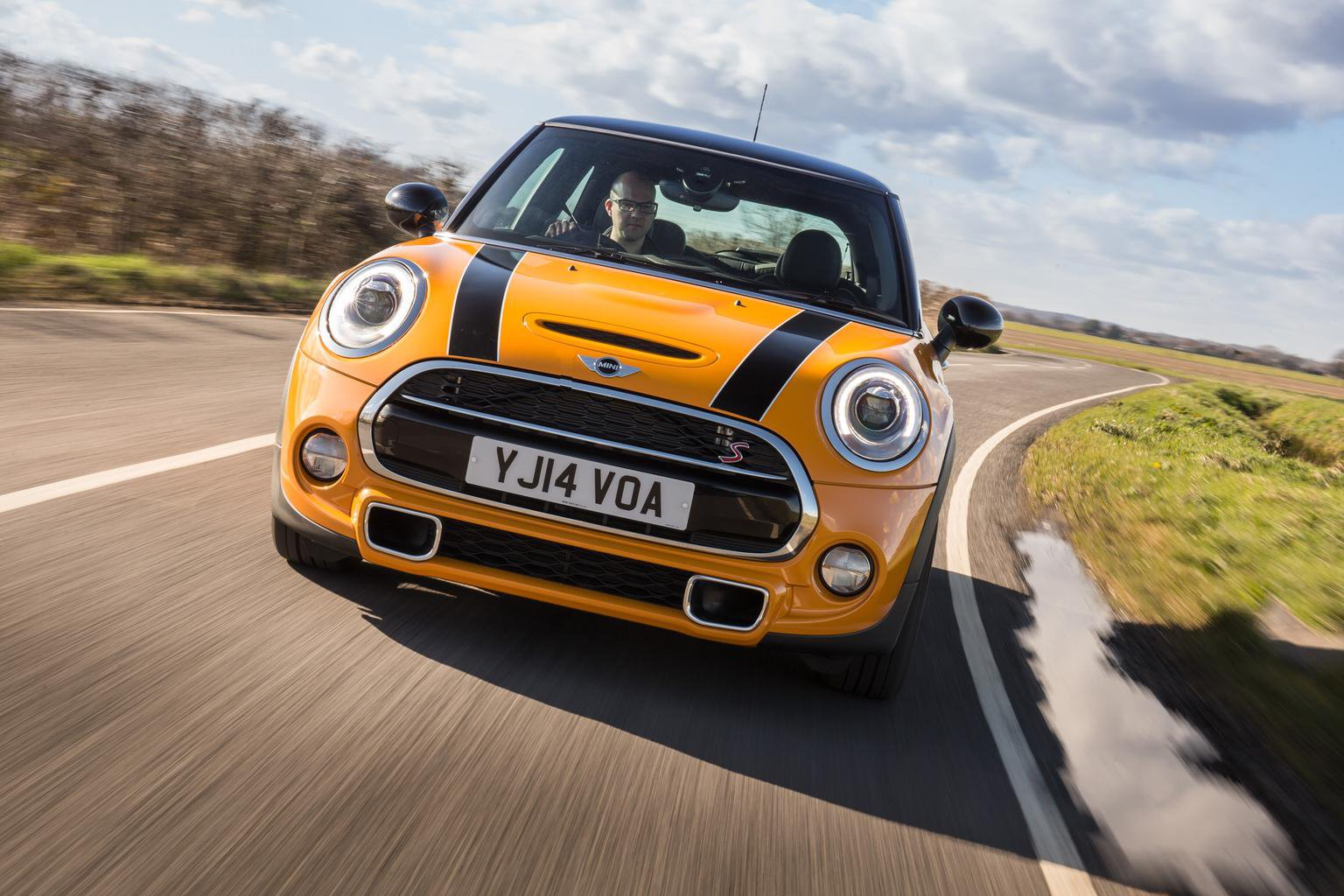 Engine noise prompts new Mini delivery delays