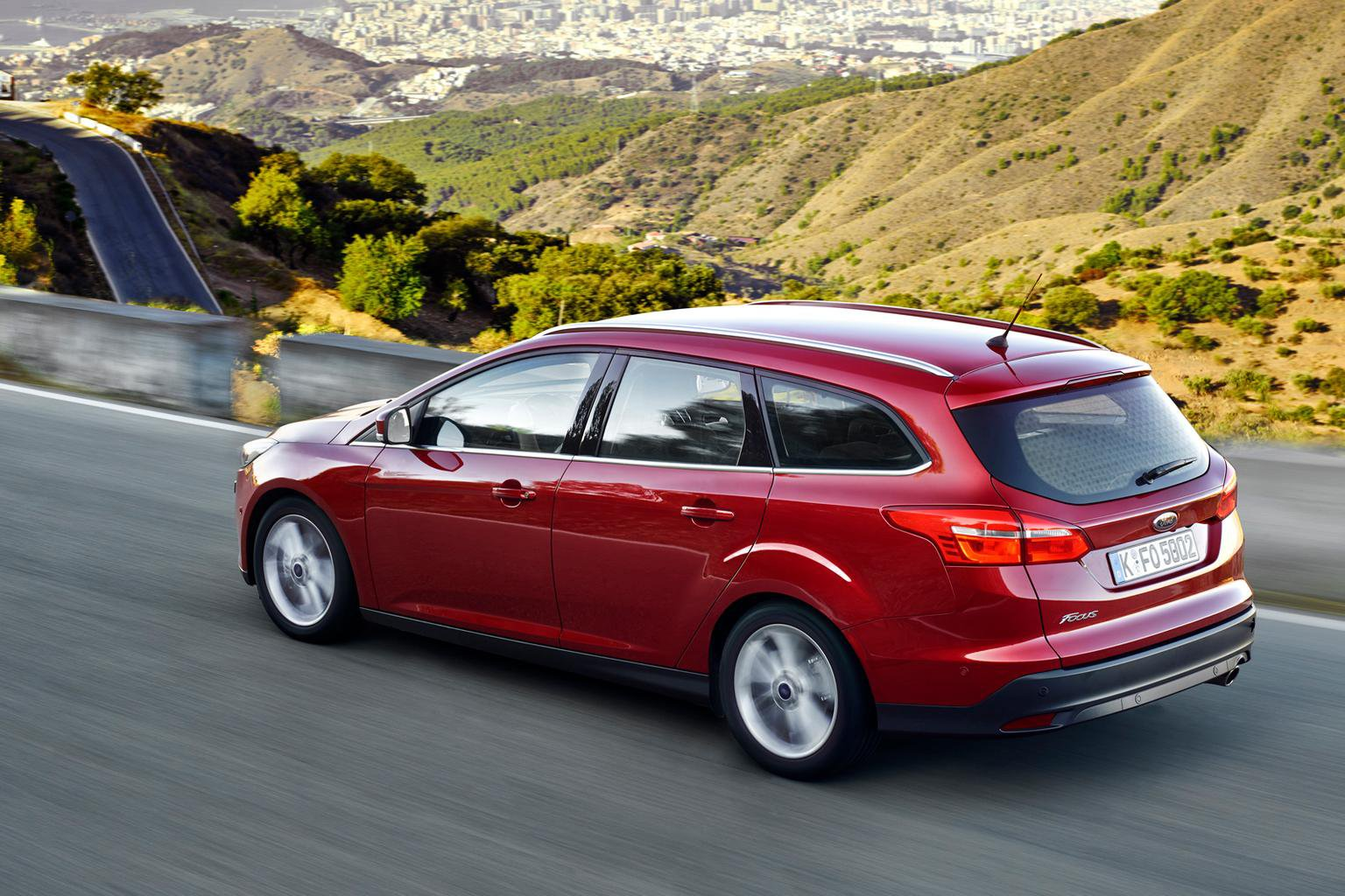 2014 Ford Focus Estate review