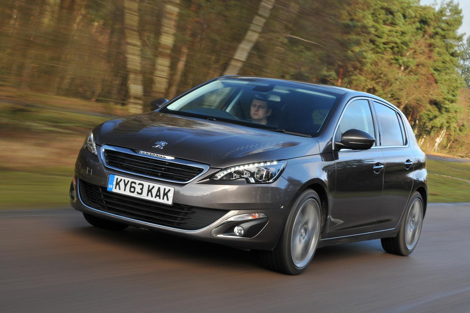 Save more than 4600 on the Peugeot 308, and more great deals