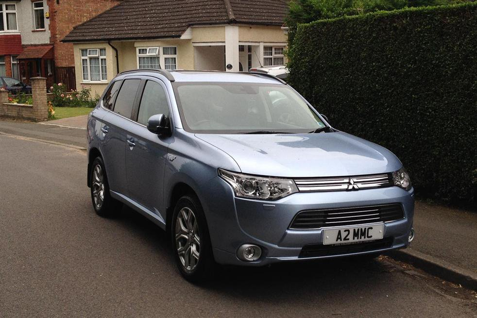 Mitsubishi Outlander 2.0 PHEV GX4hs long-term review