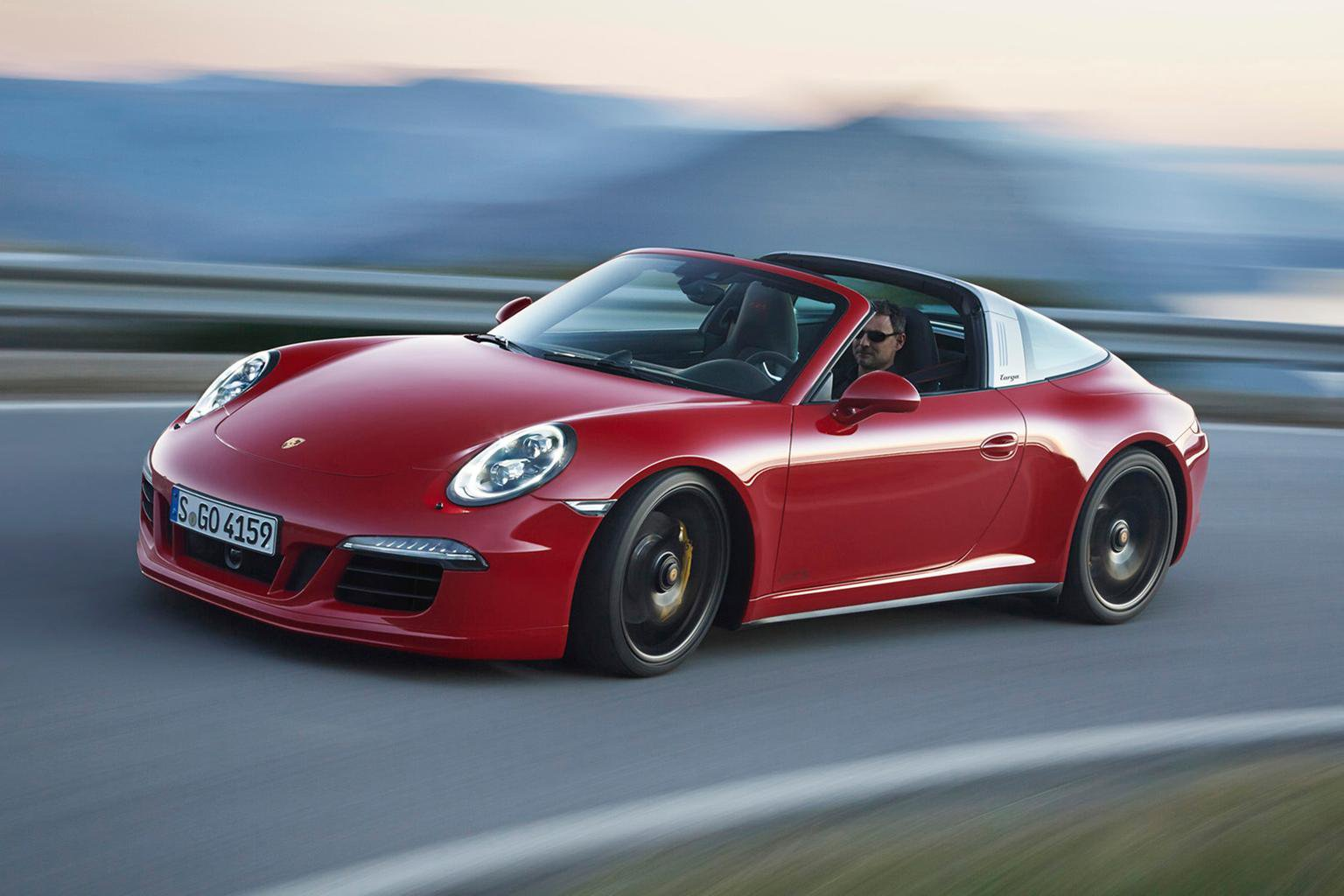 2015 Porsche 911 Targa GTS - first pictures and specs