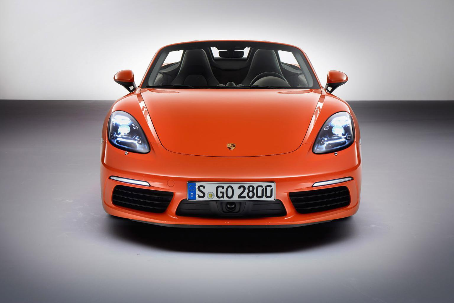 New Porsche 718 Boxster revealed