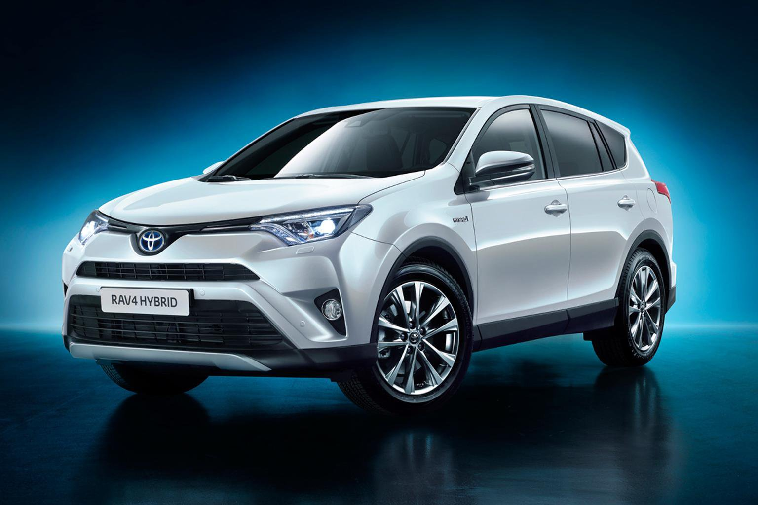 2015 Toyota RAV4 - engines, specs and pictures