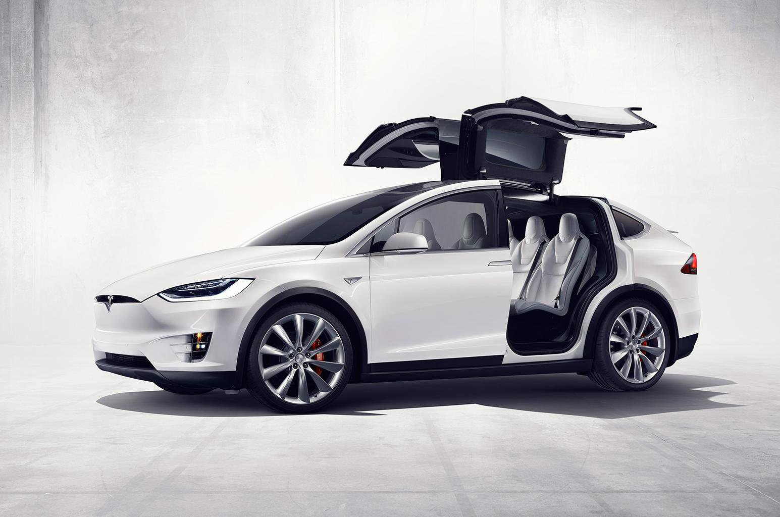 2015 Tesla Model X SUV revealed - specs, pictures and release date