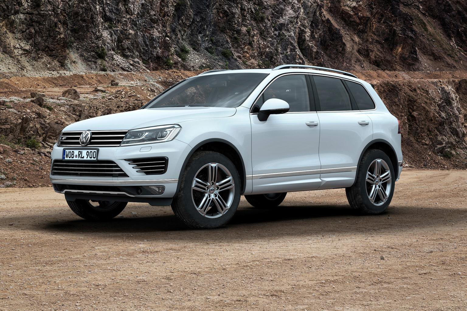 2015 Volkswagen Touareg: full pricing and specifications