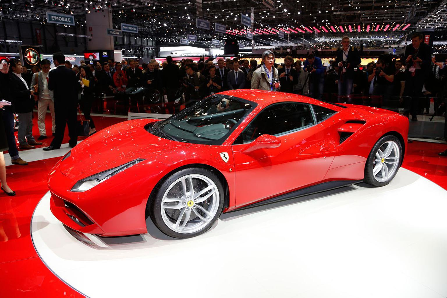 2015 Ferrari 488 GTB revealed - engine details and on-sale date