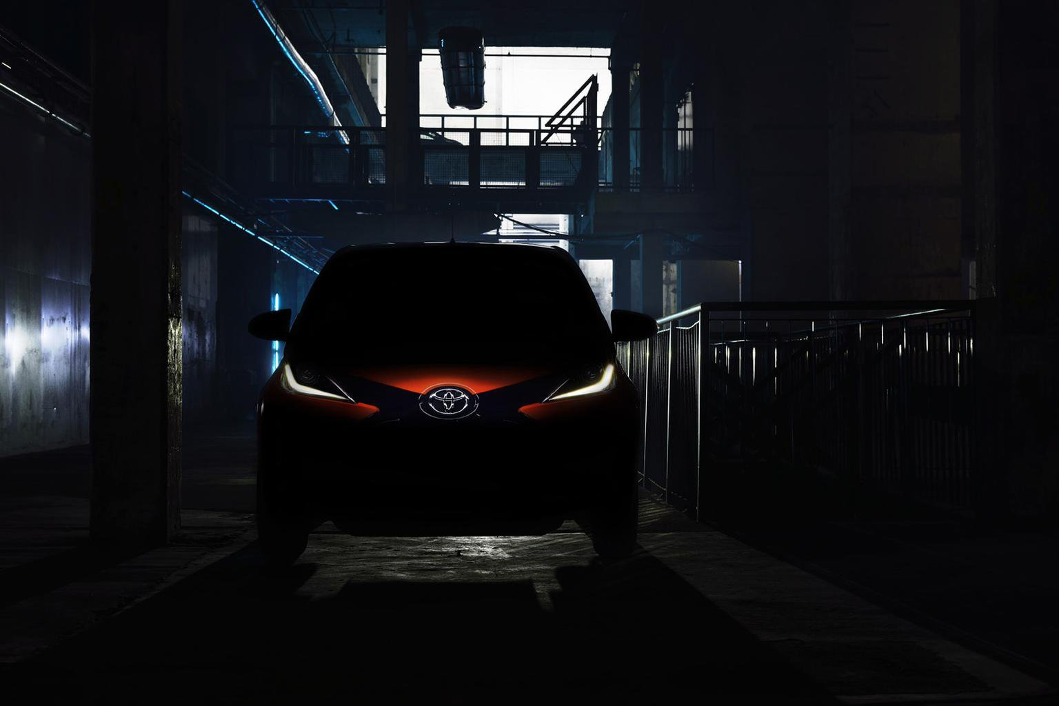 2014 Toyota Aygo teaser shot revealed