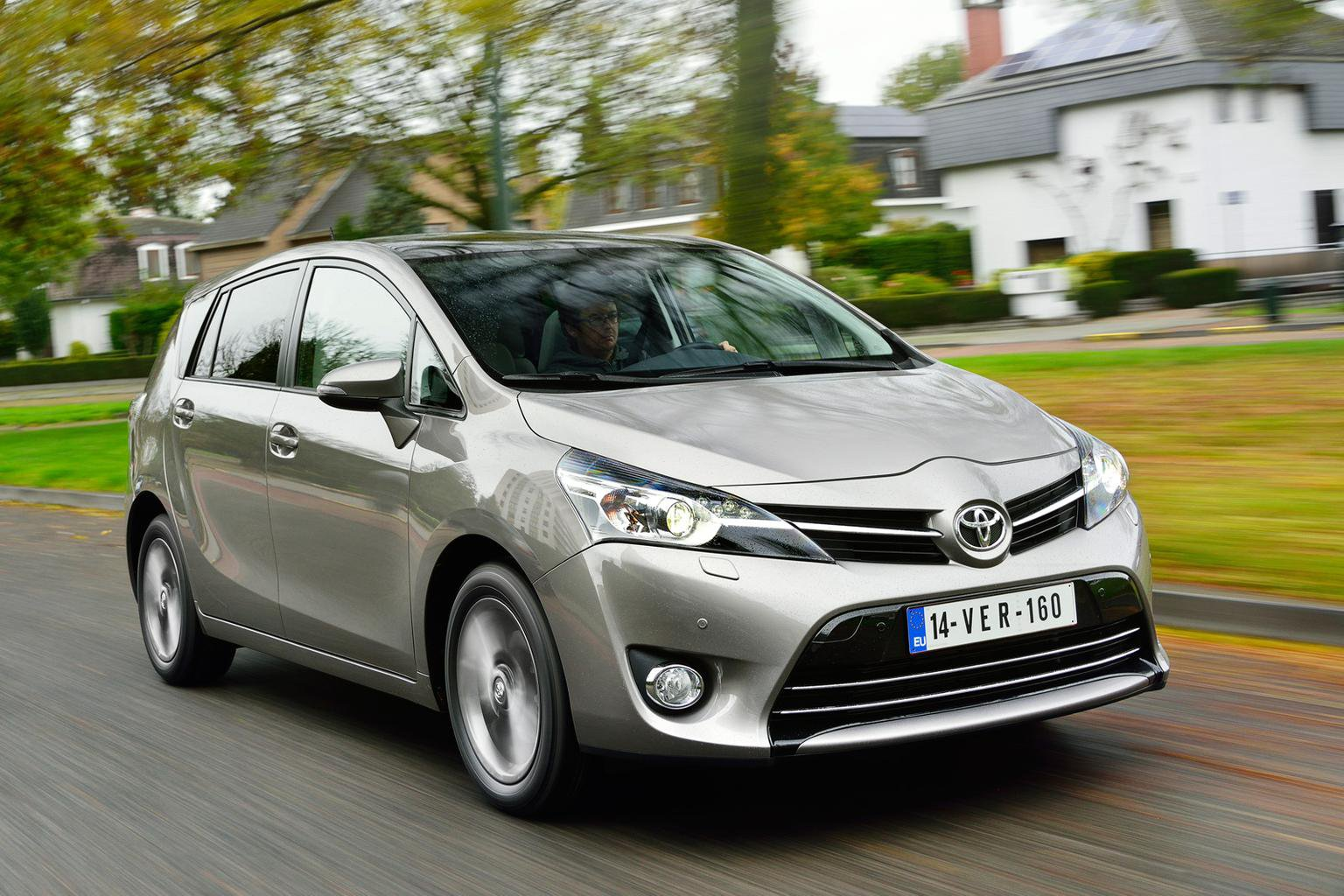 Toyota Verso gets engine and spec upgrades for 2014