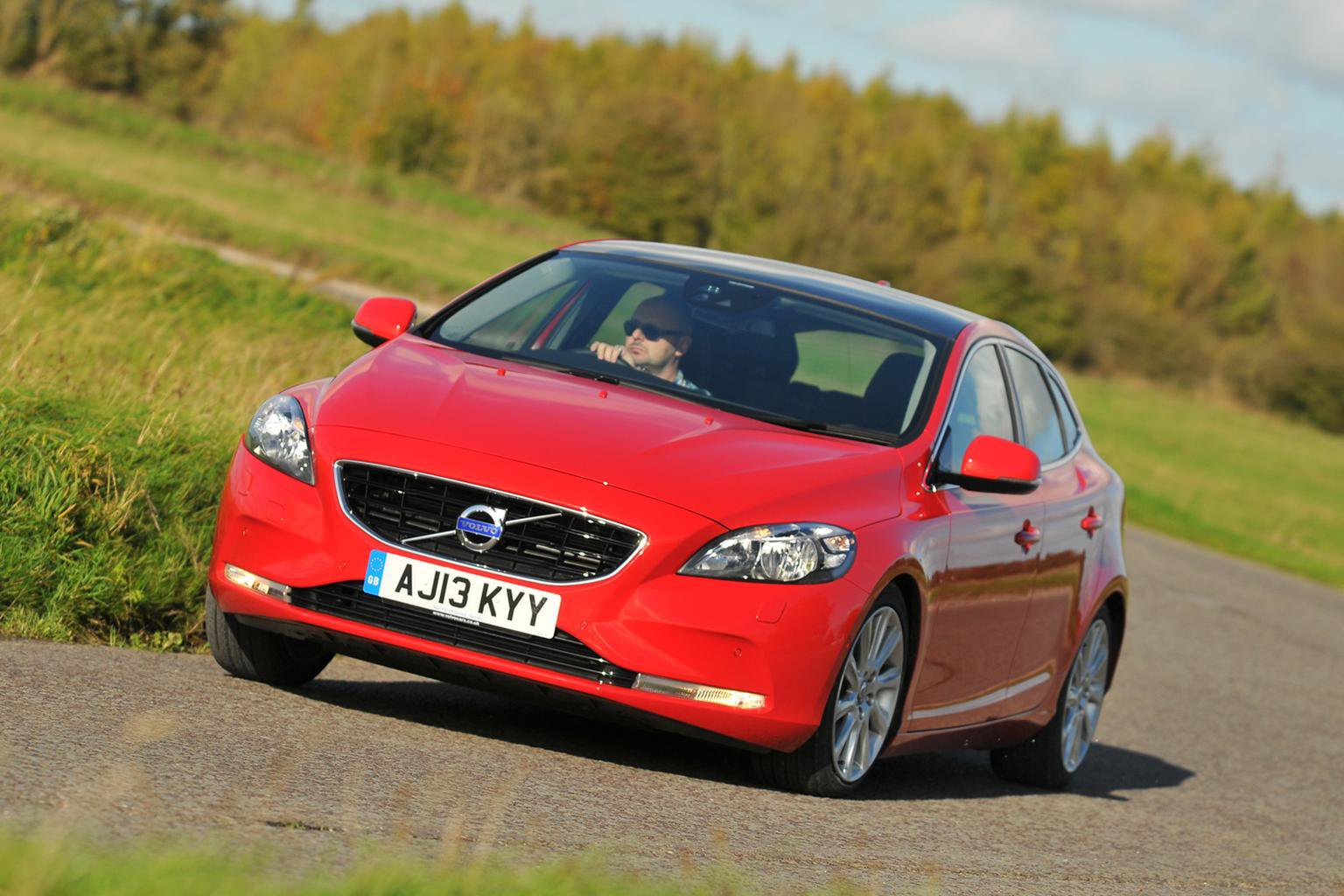 Deal of the Day: Volvo V40