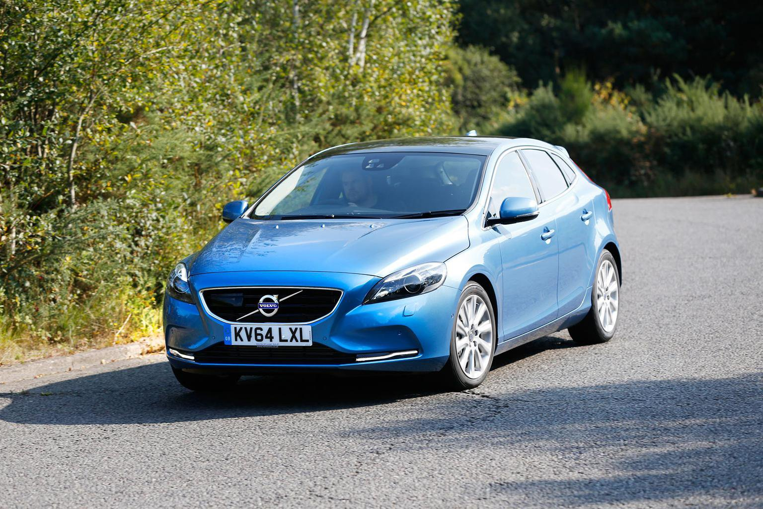 2014 Volvo V40 D4 review