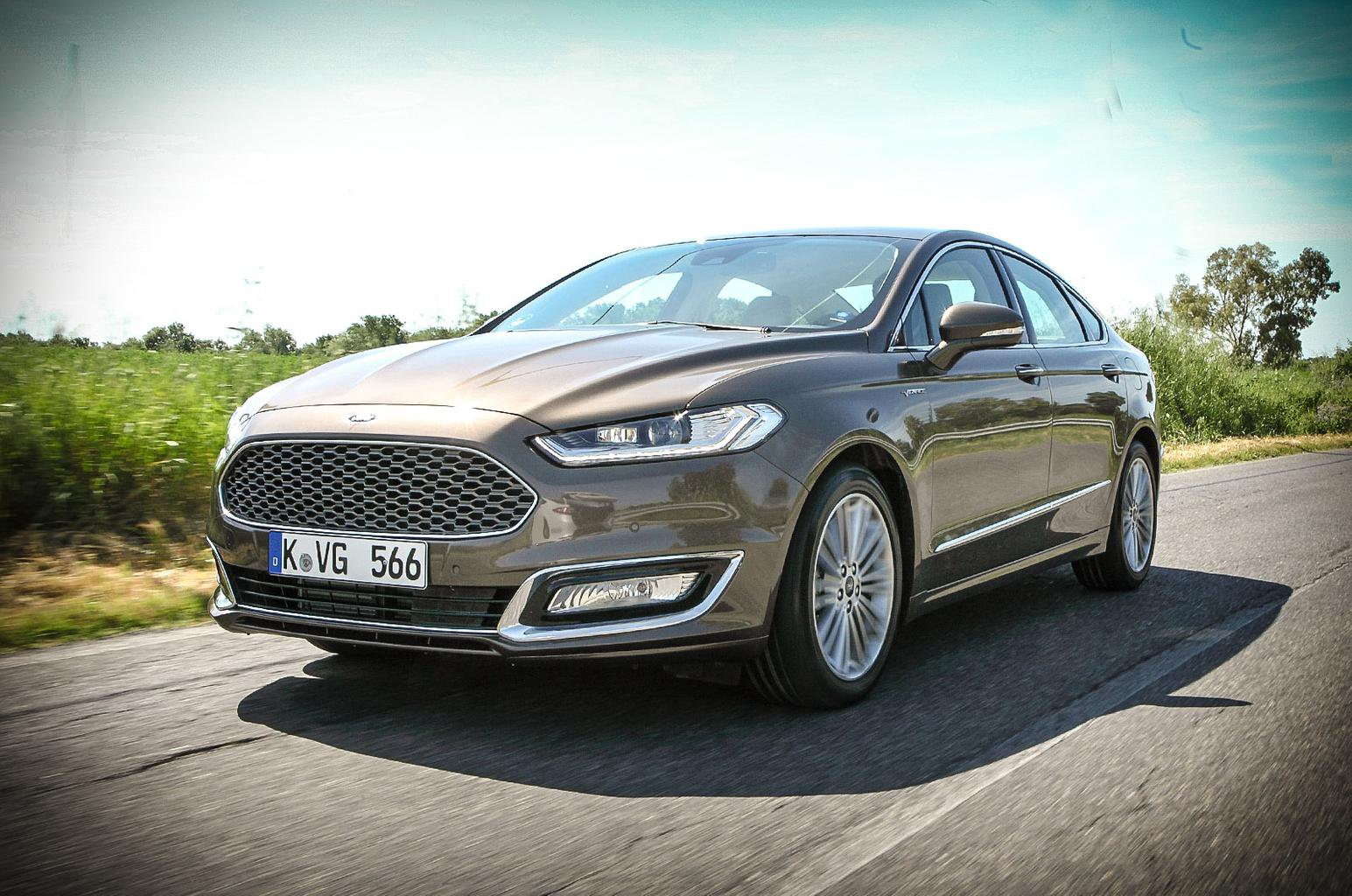2015 Ford Mondeo Vignale review