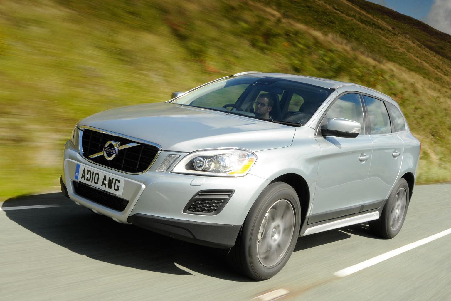 Used cars of the week: Volvo XC60 SUV rivals from 9k