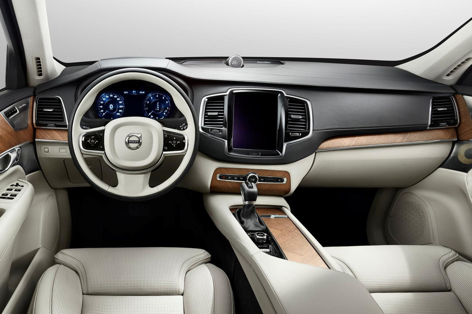 2015 Volvo XC90 cabin revealed