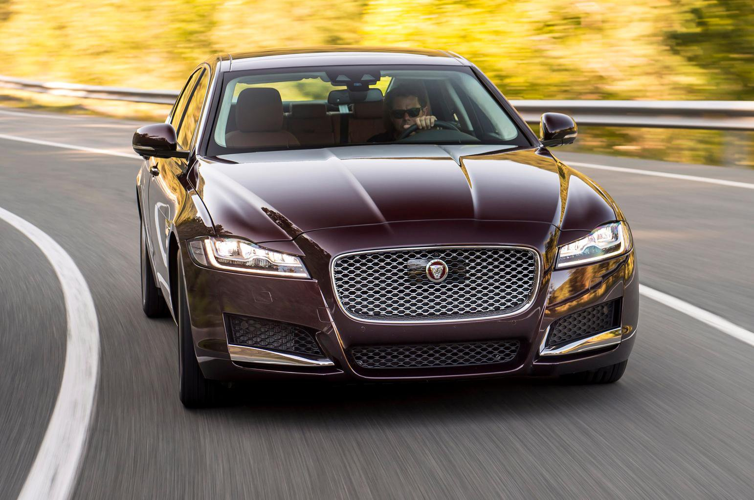 2015 Jaguar XF 3.0 TDV6 300 review