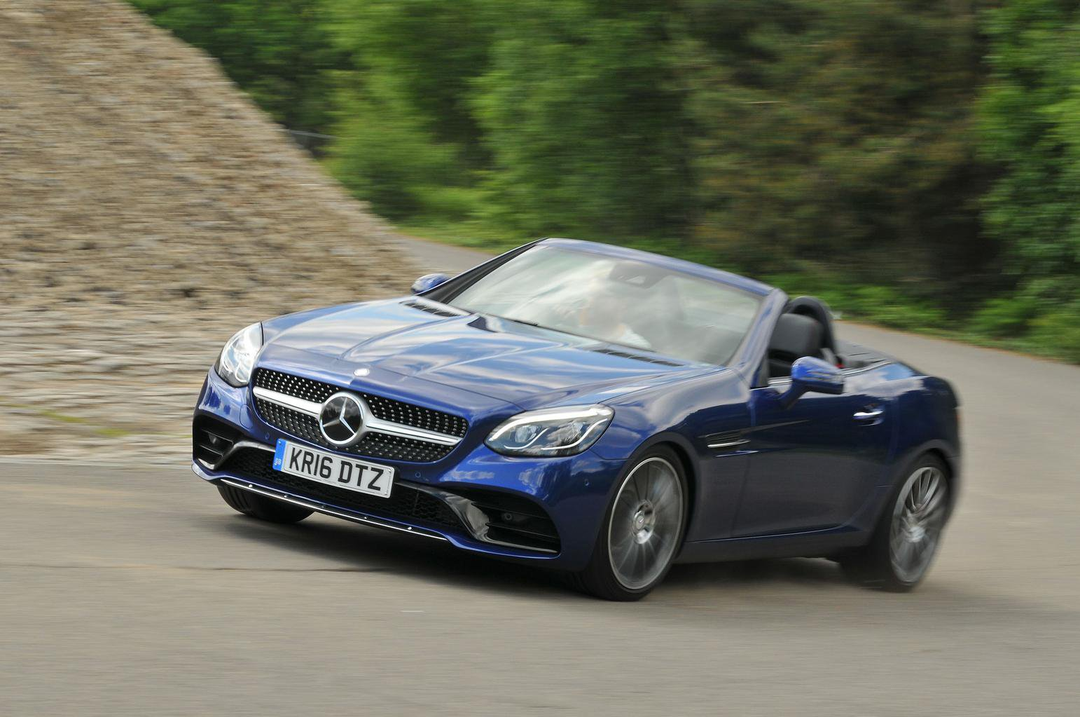 MERCEDES-BENZ SLC ROADSTER SPECIAL EDITION