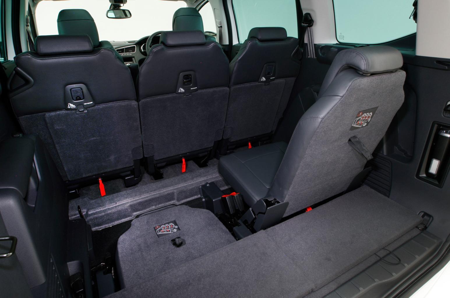Peugeot 5008 MPV (09 - 16)