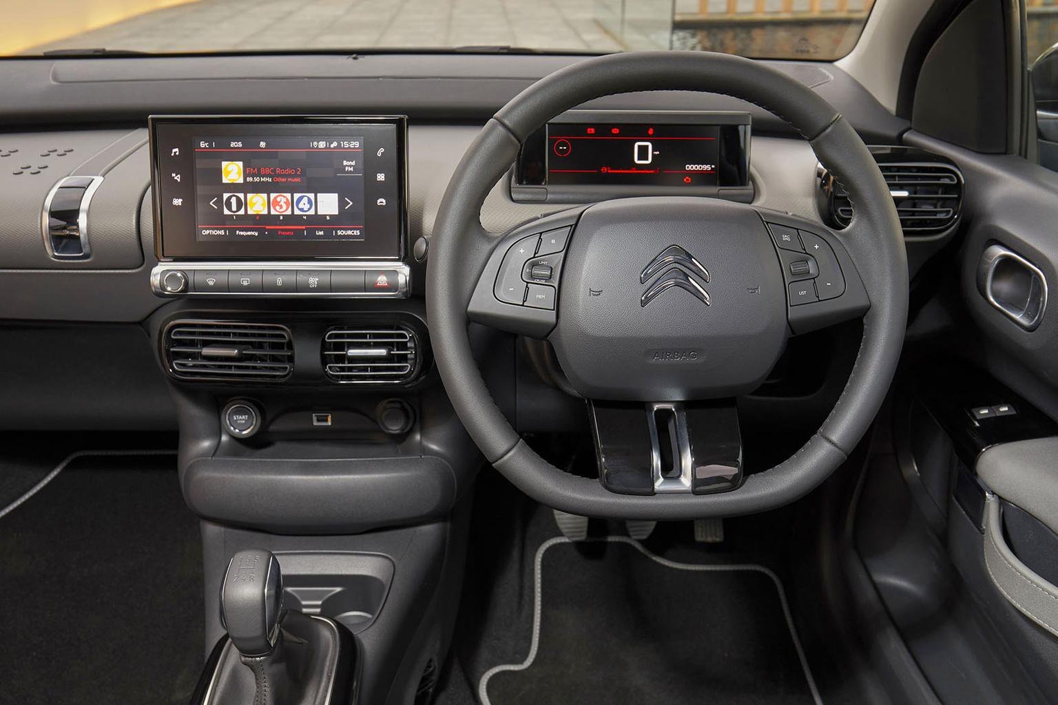 Citroën C4 Cactus Interior, Sat Nav, Dashboard | What Car?