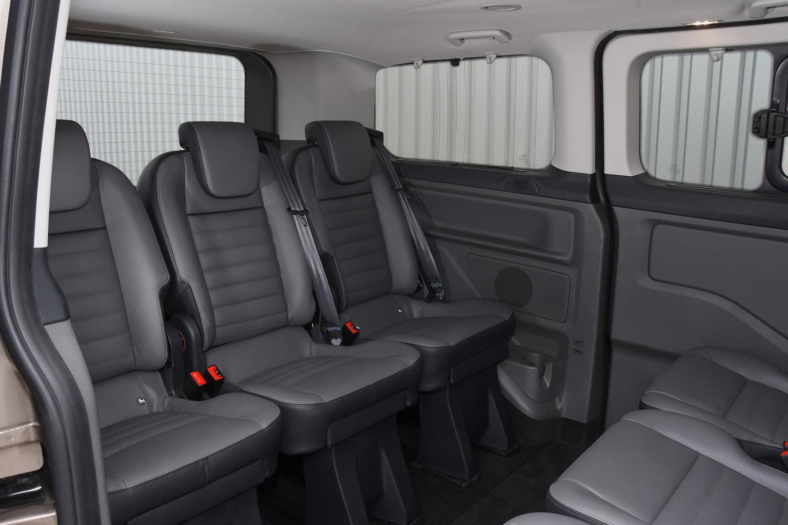 Ford Tourneo tùy chỉnh