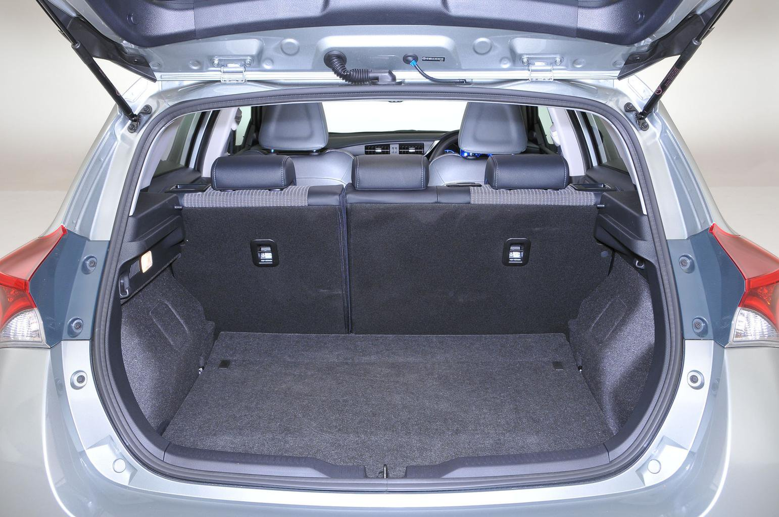 Toyota Auris Boot Space Size Seats What Car