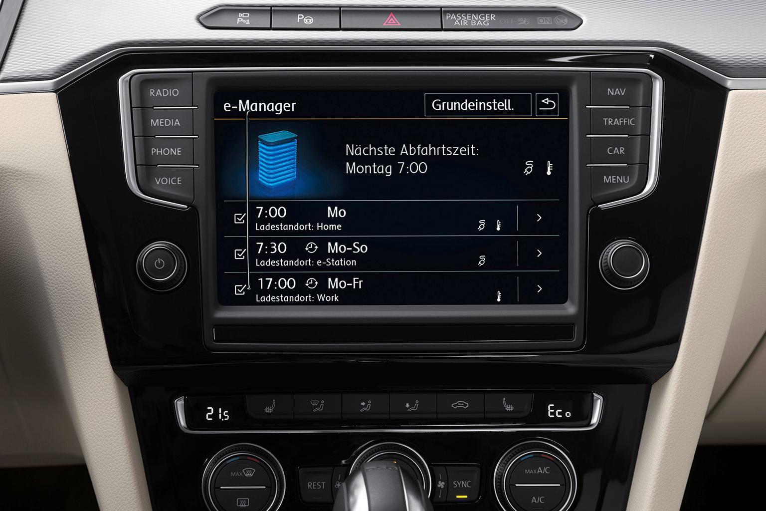 Volkswagen Passat Estate GTE