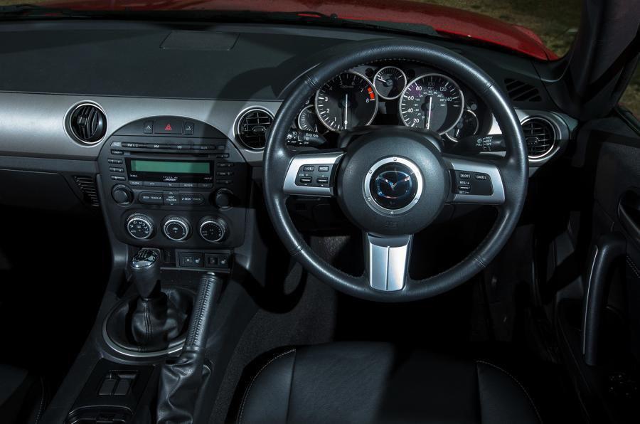 Mazda MX-5 Open (05 - 15)