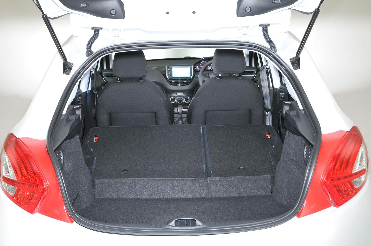 Peugeot 208 Boot Space, Size, Seats