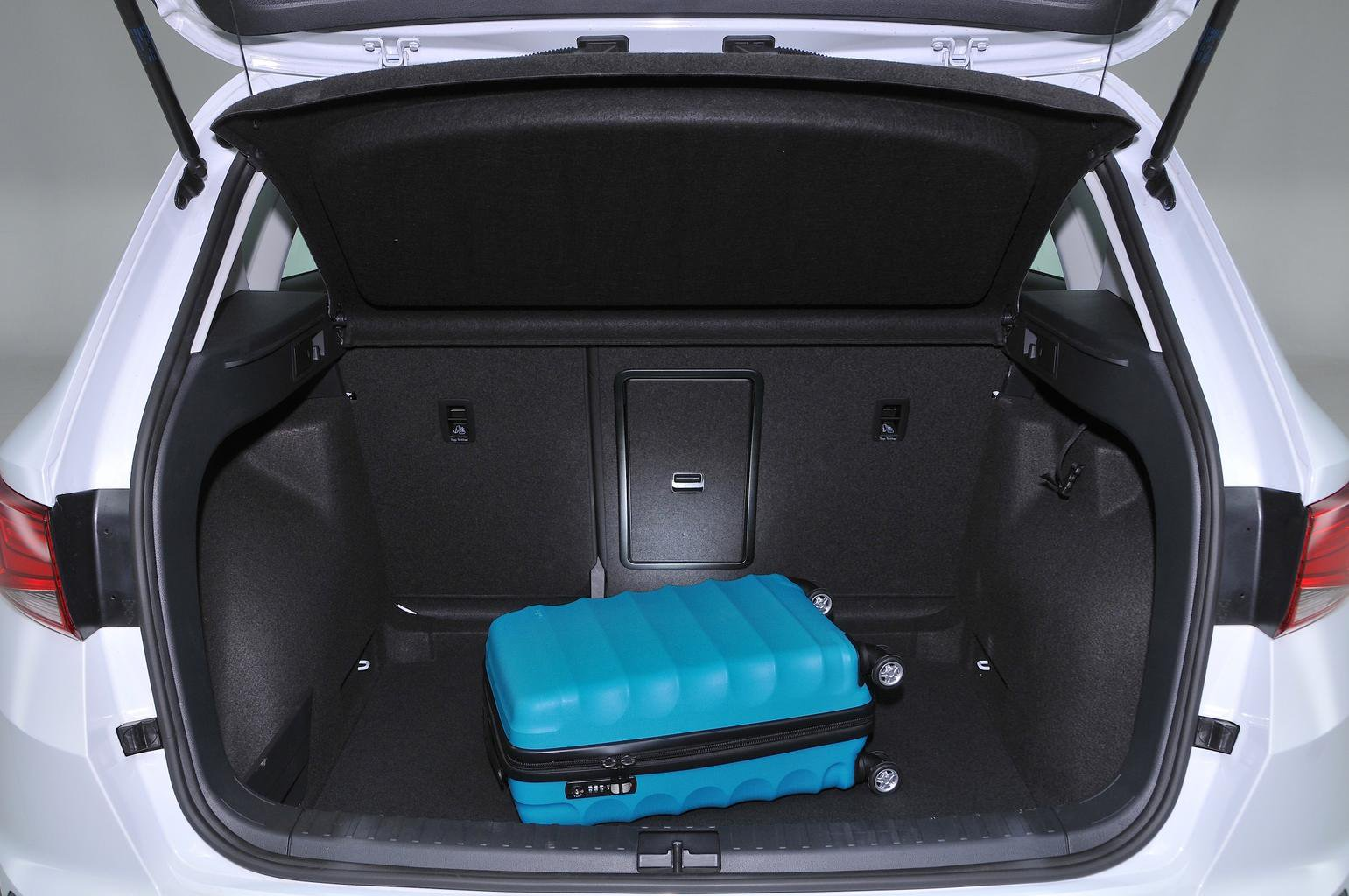 seat ateca boot space size seats what car. Black Bedroom Furniture Sets. Home Design Ideas