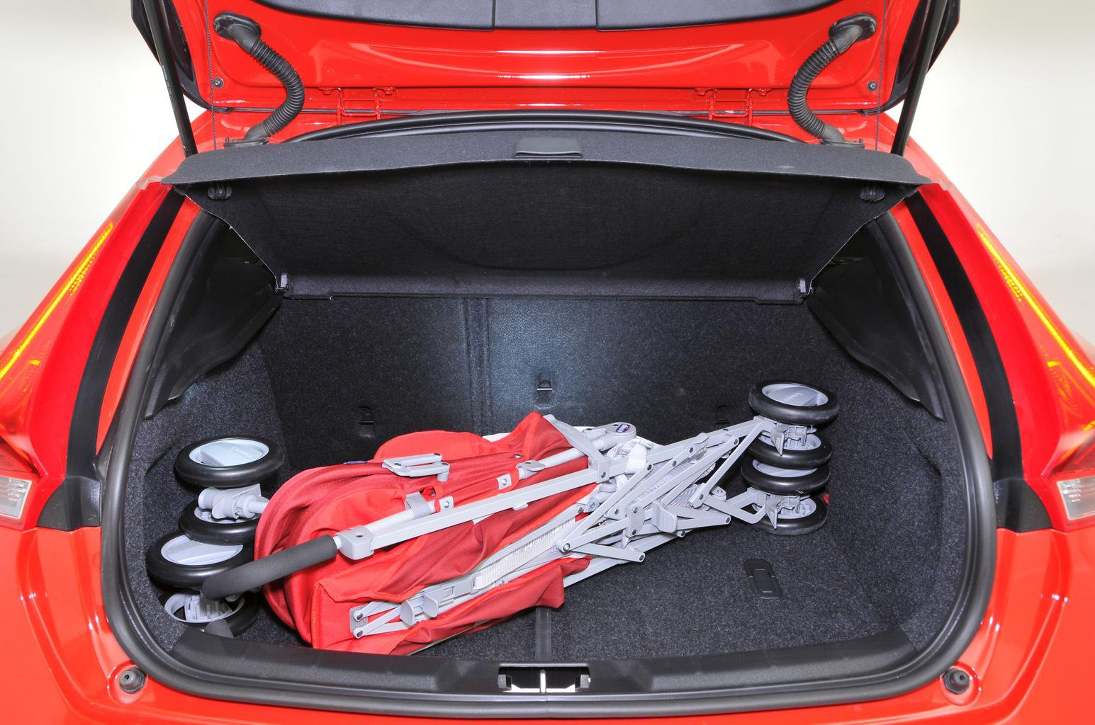 Used Volvo V40 Hatchback 12- Present