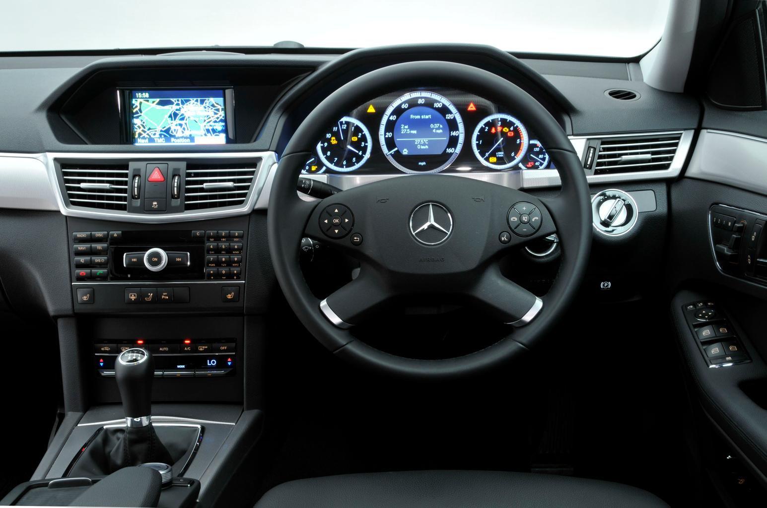 Mercedes-Benz E-Class Saloon (09 - 16)