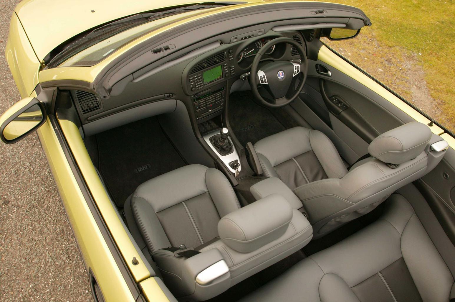 Saab 9-3 Cabriolet interior