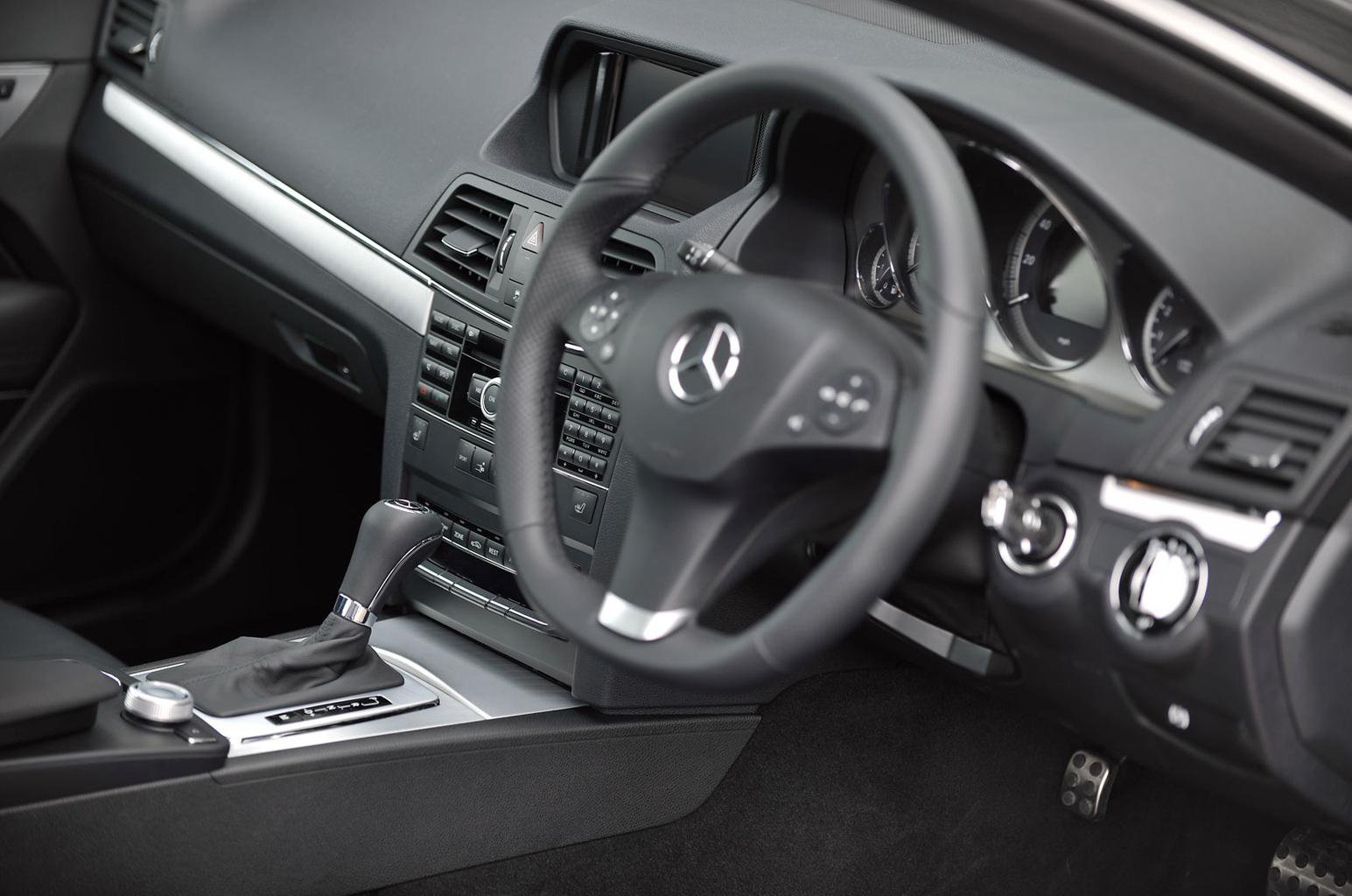 Mercedes-Benz E-Class saloon (2009-2016)