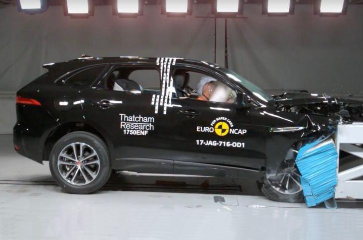 Jaguar F-Pace crash test