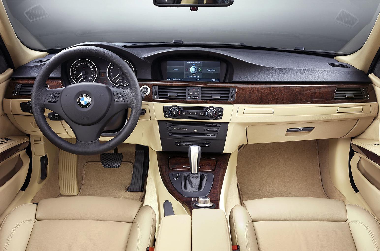 Used BMW 3 Series interior