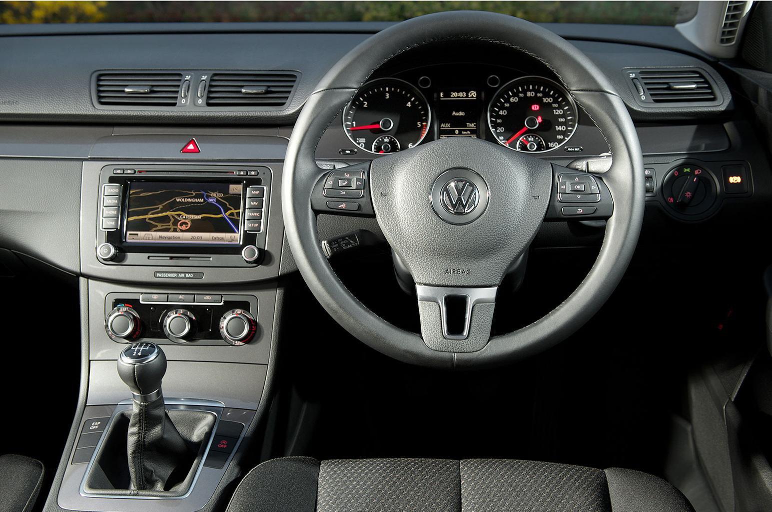 Used Volkswagen Passat saloon interior