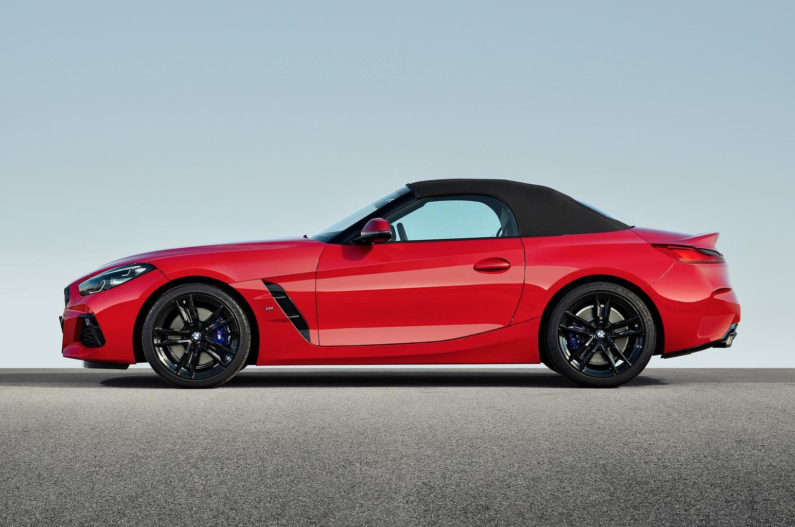 2019 BMW Z4 side